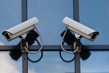 מצלמות אבטחה לבניין מגורים